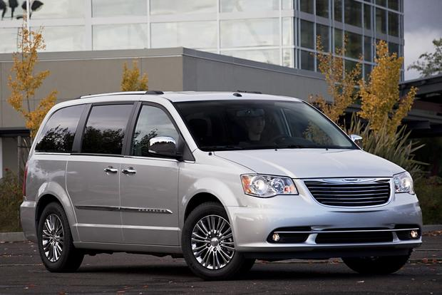 Minivan Deals: November 2012 featured image large thumb0