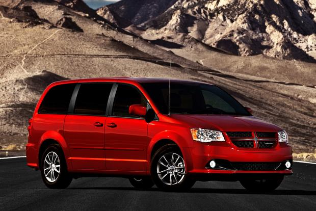Minivan Deals: November 2012 featured image large thumb1