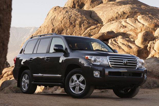Luxury SUV Deals: November 2012 featured image large thumb3
