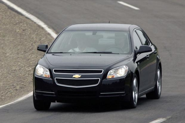 2013 Chevrolet Malibu: New vs. Old featured image large thumb1