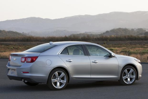 2013 Chevrolet Malibu: New vs. Old featured image large thumb6