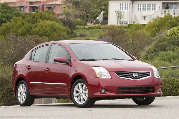 2013 Nissan Sentra: New vs. Old featured image large thumb3