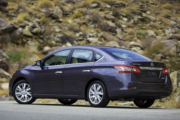 2013 Nissan Sentra: New vs. Old featured image large thumb6