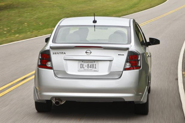 2013 Nissan Sentra: New vs. Old featured image large thumb9