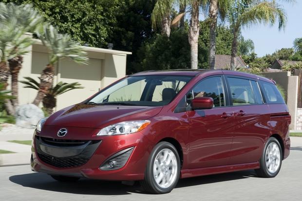 Minivan Deals: December 2012 featured image large thumb2
