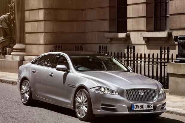 Luxury Car Deals: January 2013 featured image large thumb4