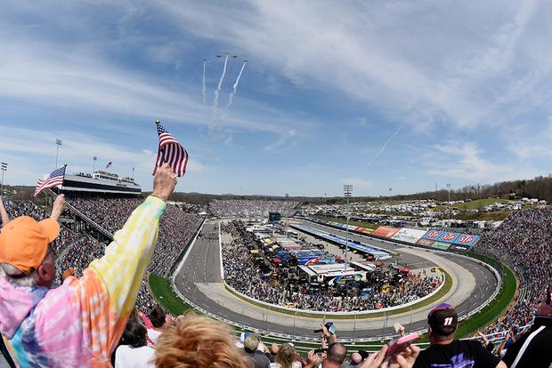 Autotrader Driver Brad Keselowski Wins at Martinsville featured image large thumb2