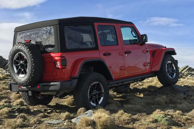 2018 Jeep Wrangler Officially Unveiled at SEMA Show featured image large thumb1