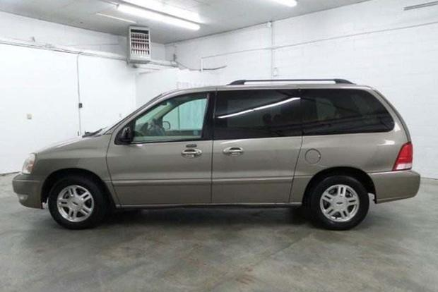 These Are the Lost American Minivans You Probably Don't Remember featured image large thumb2