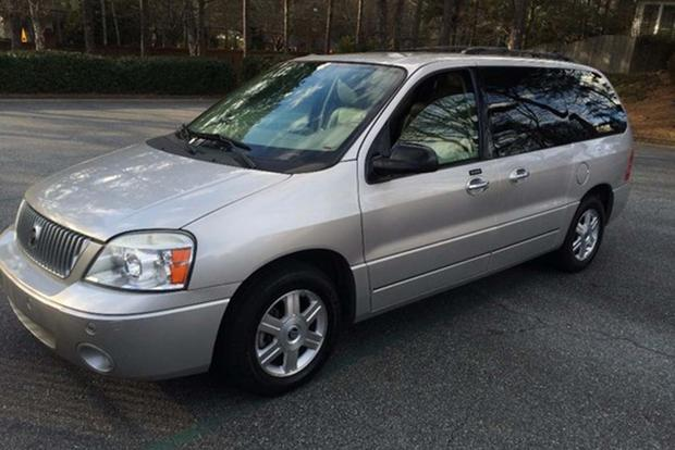 These Are the Lost American Minivans You Probably Don't Remember featured image large thumb4