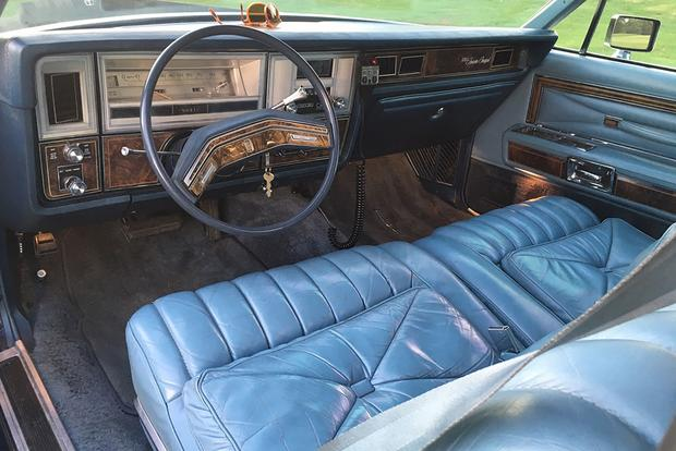 Driving a Land Yacht: My 1978 Lincoln Continental Coupe featured image large thumb3