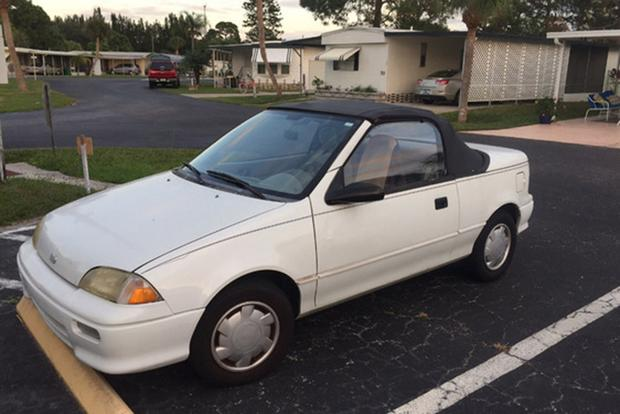 Dodge Shadow and Geo Metro: Those Awful Convertibles of the Early 1990s featured image large thumb0