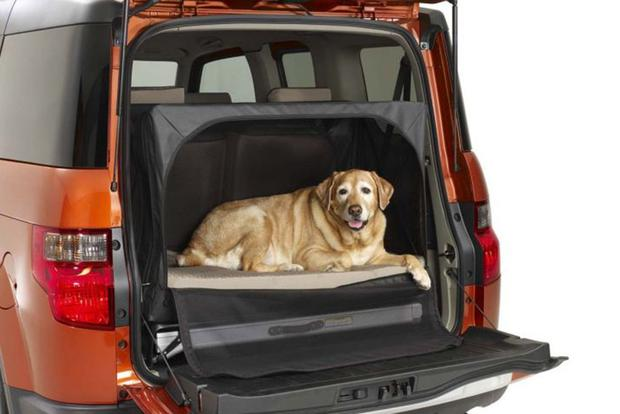 There Was a Honda Element Option Package Designed for Dogs featured image large thumb1