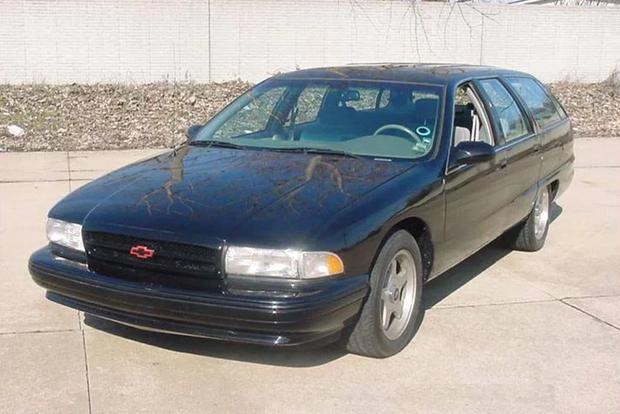 Here's What Happened to a Bunch of Old General Motors Prototypes featured image large thumb3