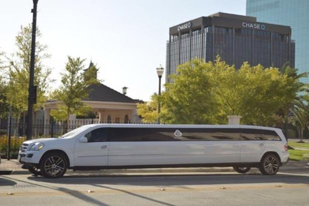 Here Are the 7 Strangest Limos For Sale on Autotrader featured image large thumb6