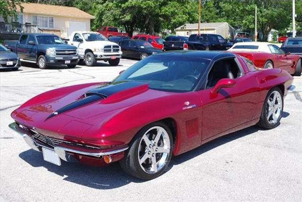 Autotrader Find: 2006 Chevy Corvette With 1960s Styling featured image large thumb0