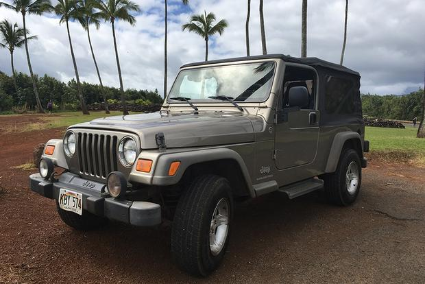 This 2006 Jeep Wrangler Is the Best Worst Car I've Ever Driven