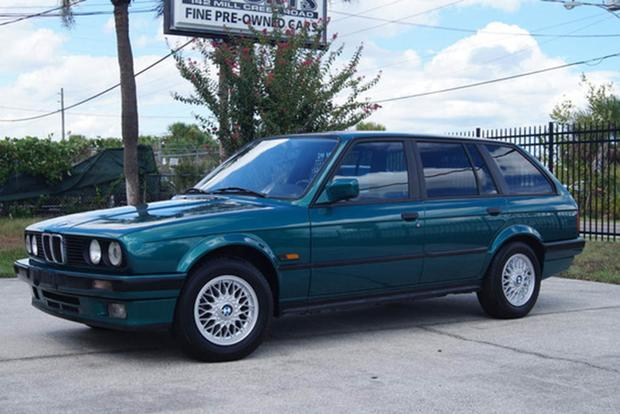 Autotrader Find: Gorgeous 1991 BMW 325i Touring featured image large thumb0