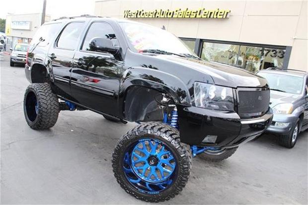 Autotrader Find: Ridiculously Lifted 2013 Chevy Tahoe featured image large thumb0
