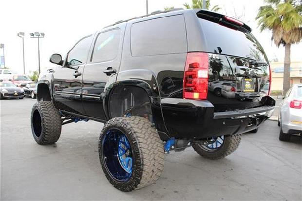 Autotrader Find: Ridiculously Lifted 2013 Chevy Tahoe featured image large thumb1
