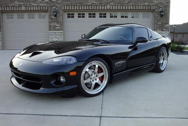 Autotrader Find: 2000 Dodge Viper GTS With 700 Horsepower