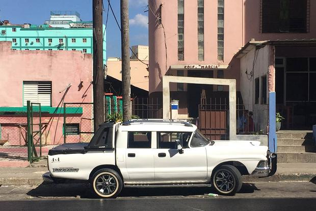 I Visited Cuba to See Old American Cars featured image large thumb2