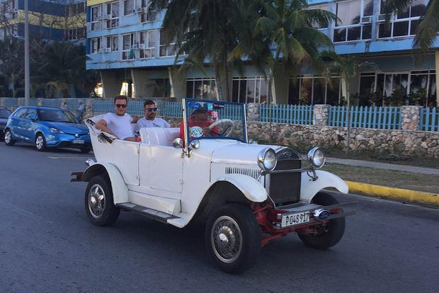 I Visited Cuba To See Old American Cars Autotrader