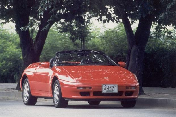 The Kia Elan Was a Lotus Sold as a Kia