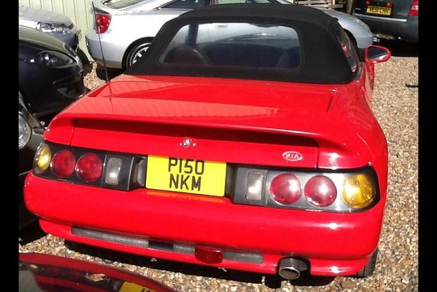 The Kia Elan Was a Lotus Sold as a Kia featured image large thumb1