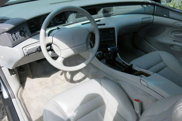 Autotrader Find: One-owner 1996 Lincoln Mark VIII With 25,000 Miles featured image large thumb1