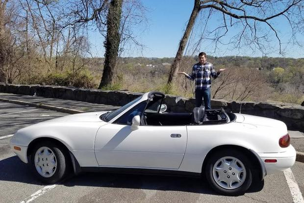 Here's Why a 1994 Mazda Miata Is Worth $4,000