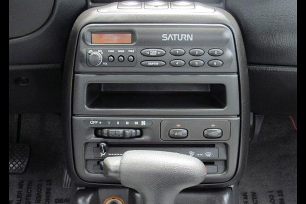 Autotrader Find: One-Owner 1995 Saturn SL2 Time Capsule featured image large thumb2