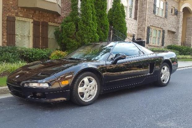 Here Are the Coolest Old Acura NSXs For Sale On Autotrader featured image large thumb3