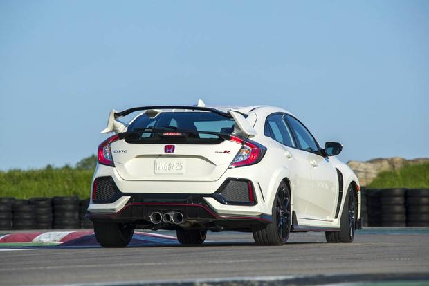 The 2017 Honda Civic Type R Isn't the New King of the Hot Hatches featured image large thumb3