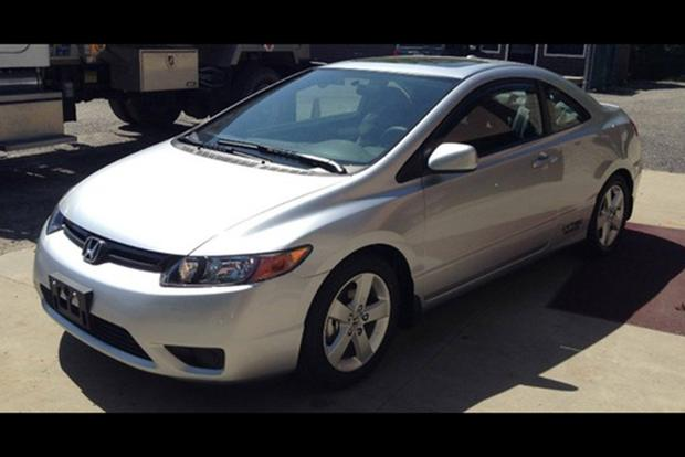 Autotrader Find: 2008 Honda Civic Coupe With 161 Miles featured image large thumb0