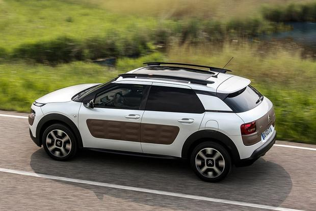The Citroen C4 Cactus Is Still the Weirdest Car You Can Buy in Europe featured image large thumb2