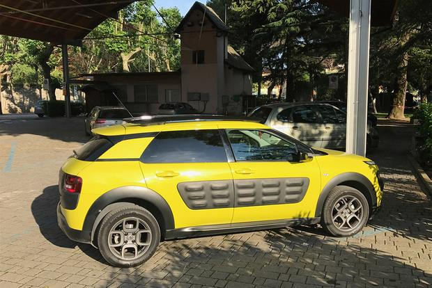 The Citroen C4 Cactus Is Still the Weirdest Car You Can Buy in Europe