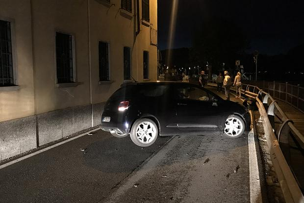 I Witnessed The Most Italian Car Accident Ever featured image large thumb1