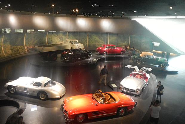 Museo Mercedes Benz.The Mercedes Benz Museum Is An Automotive Must See Autotrader