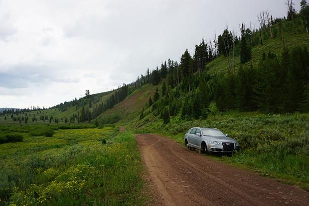 Here's an Audi A6 on Blocks in Middle-of-Nowhere Wyoming featured image large thumb0