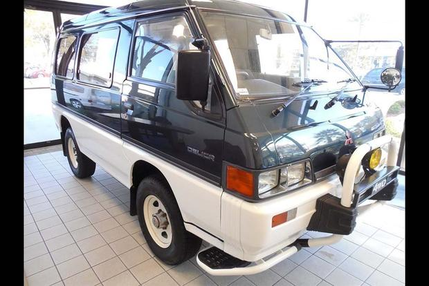 Autotrader Find: 1991 Mitsubishi Delica Syncro featured image large thumb0