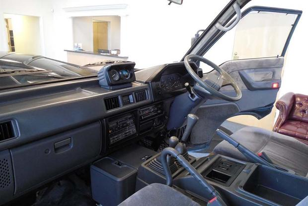 Autotrader Find: 1991 Mitsubishi Delica Syncro featured image large thumb2