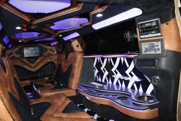 Autotrader Find: Mercedes-Benz S550 Limo With Gullwing Doors featured image large thumb3