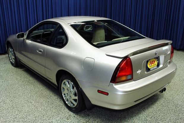 Autotrader Find: 1996 Honda Prelude Si With 38,700 Miles featured image large thumb1