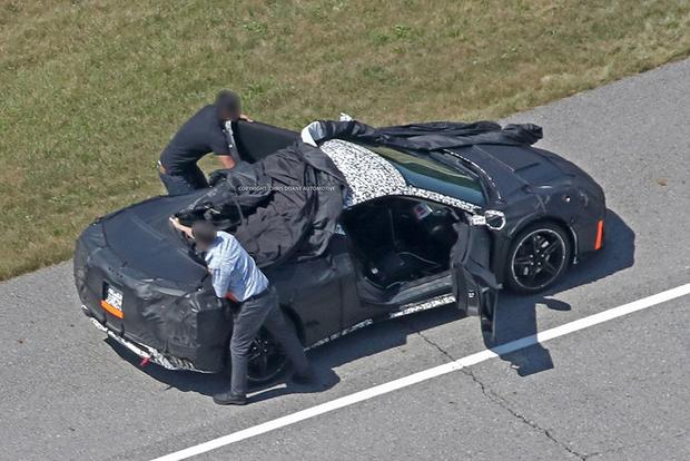 Wow: There Might Actually Be a Midengine Chevy Corvette featured image large thumb3