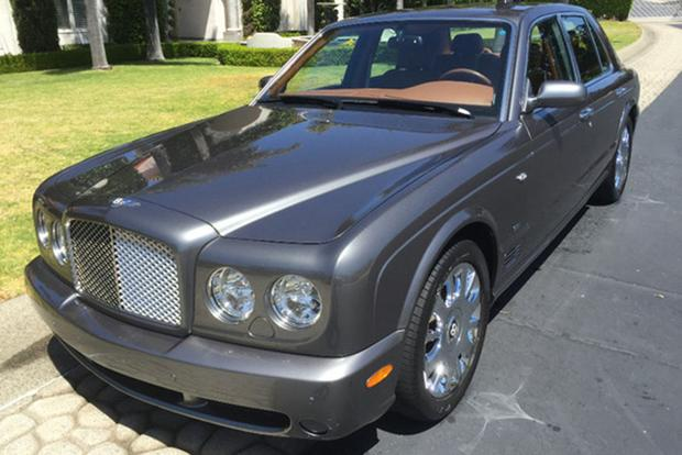 Here Are 5 Exotic and Luxury Cars That Have Lost $200,000 in Value featured image large thumb1