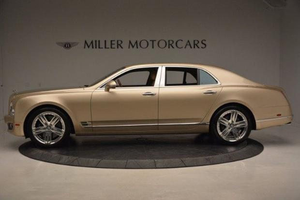 Here Are 5 Exotic and Luxury Cars That Have Lost $200,000 in Value featured image large thumb2