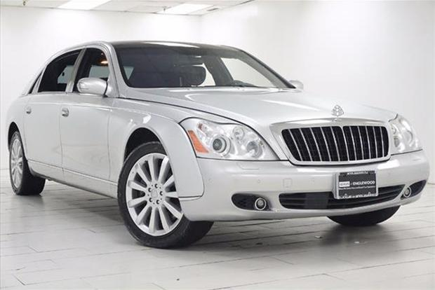Here Are 5 Exotic and Luxury Cars That Have Lost $200,000 in Value featured image large thumb4