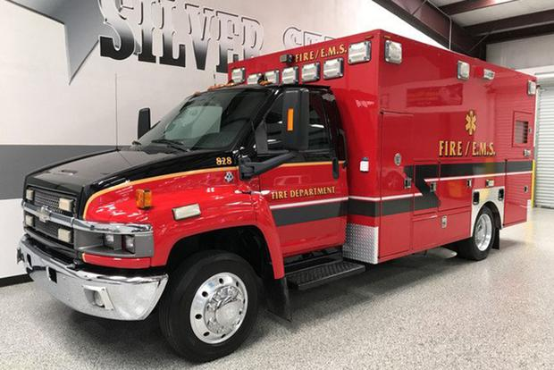 Autotrader Find: 2008 Chevrolet Kodiak Ambulance