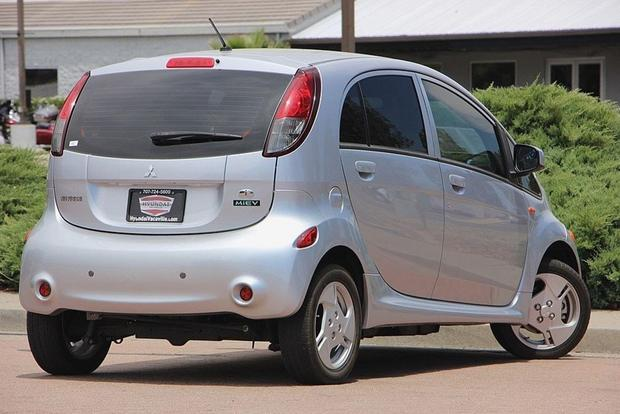 Autotrader Find: 2012 Mitsubishi i-MiEV for Just $5,499 featured image large thumb0